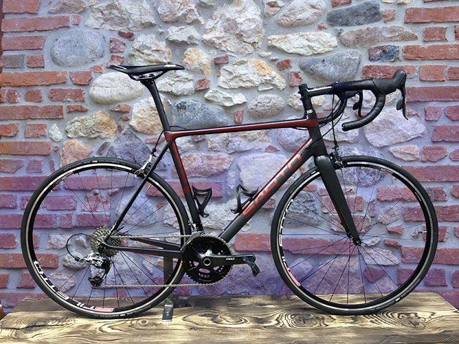 bici corsa carbon telaio fatto a mano in italia
